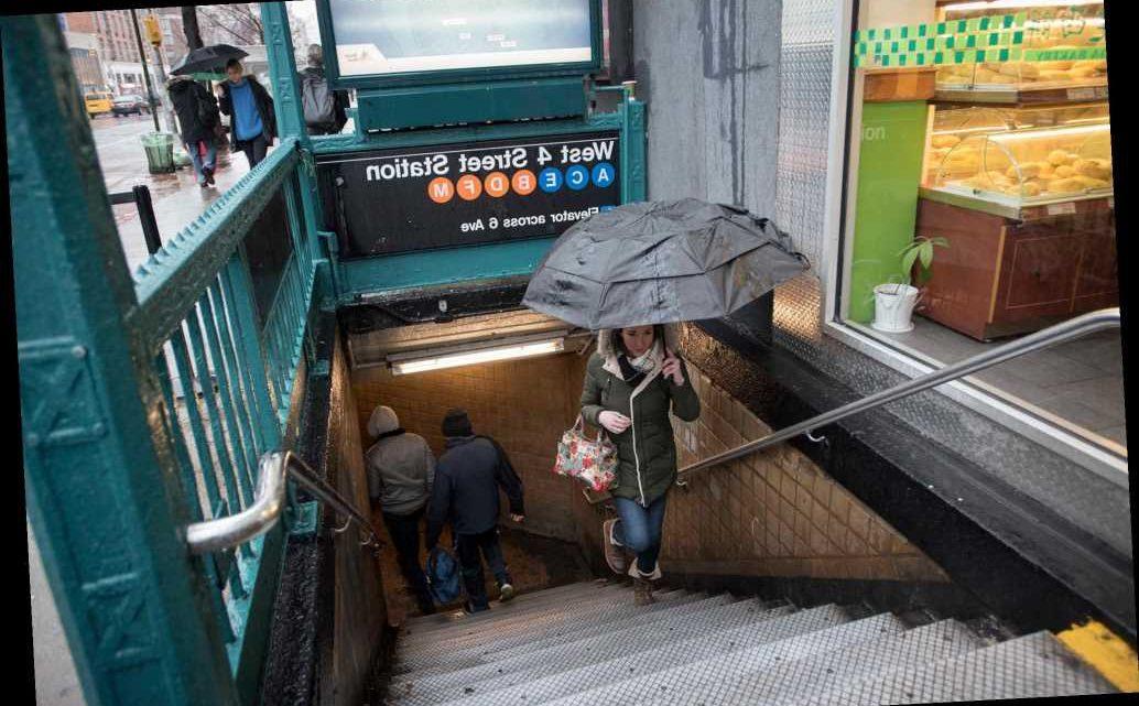 Straphanger assaulted with umbrella after brawl erupts on subway platform