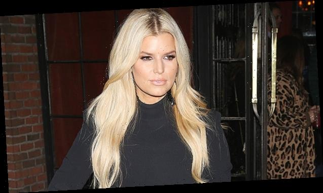 Jessica Simpson Goes Bike Riding In '5 Inch Platforms' & Skinny Jeans After 100Lb. Weight Loss — See Pic