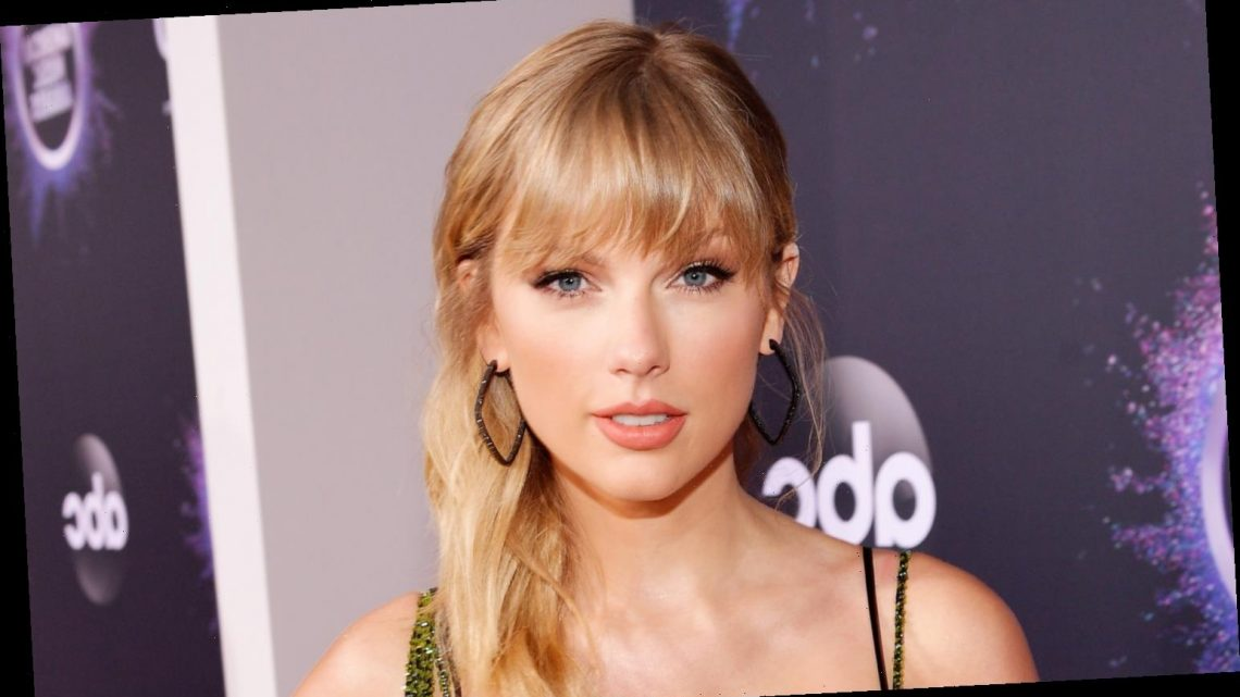 Taylor Swift Says Her Cats' Hair Might Get on Her Signed CDs!
