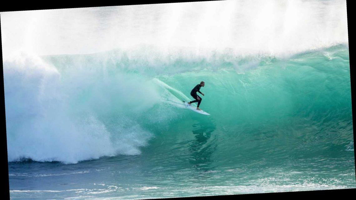 Pro surfer Matt Wilkinson has close encounter with shark in Australia