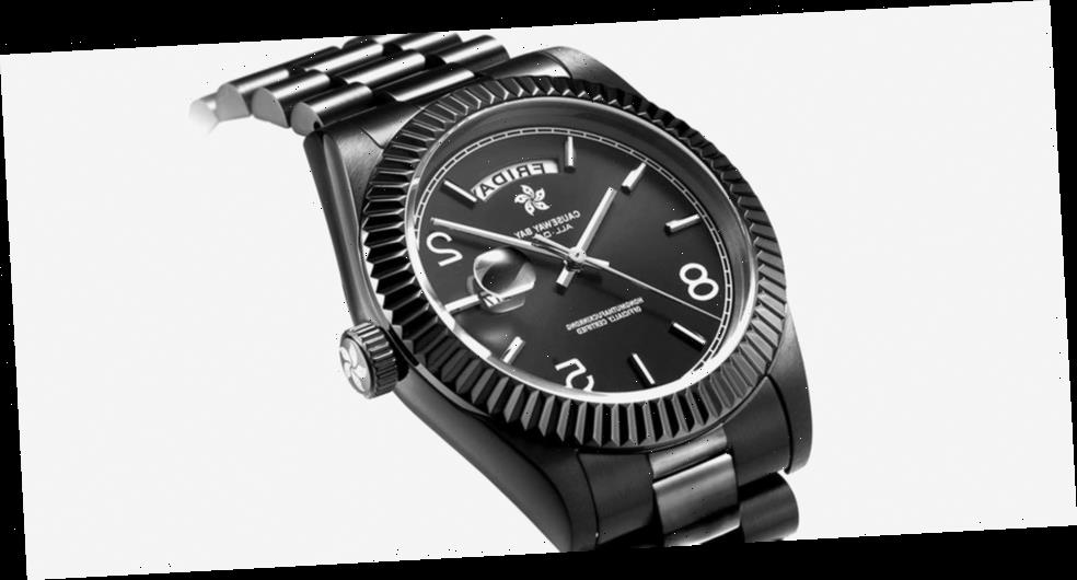 """8FIVE2 Releases Triple Black Version of """"ALL DAY"""" Watch"""