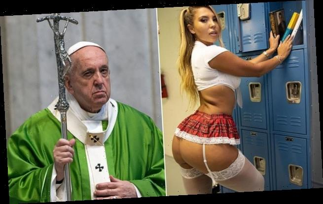 Pope Francis's instagram account 'likes' photo of bikini model