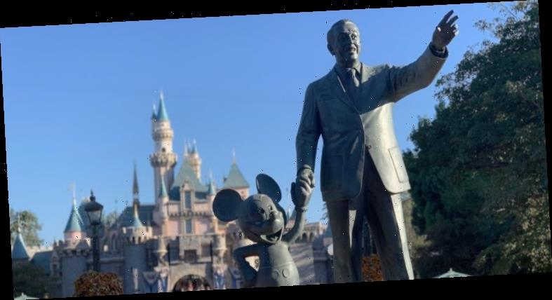 Theme Park Bits: Carthay Circle Menu Unveiled, Holiday Plans at the Parks, and More
