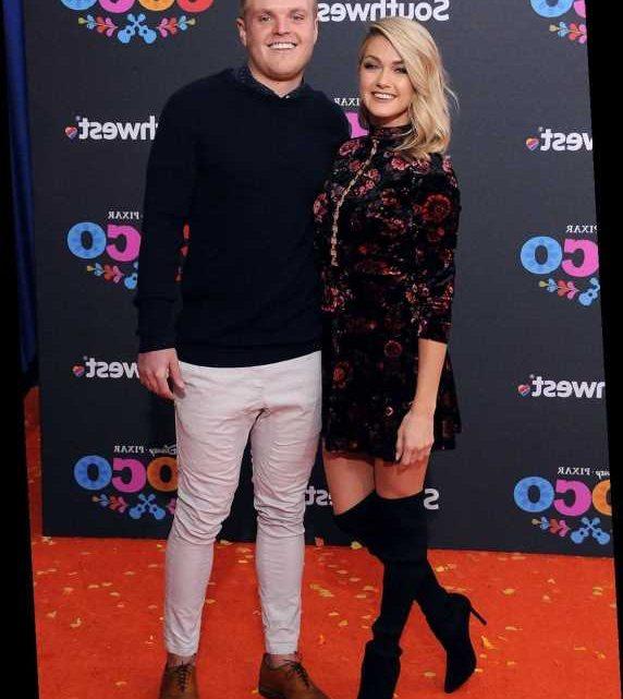DWTS' Lindsay Arnold and Husband Samuel Lightner Cusick Welcome Daughter