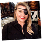 Kelly Clarkson Is Wearing an Eye Patch on 'The Voice,' and She Just Explained What Happened