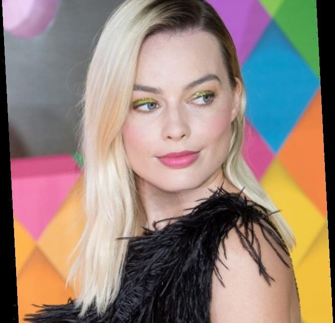 Margot Robbie met the Love Island cast and was insanely happy about it