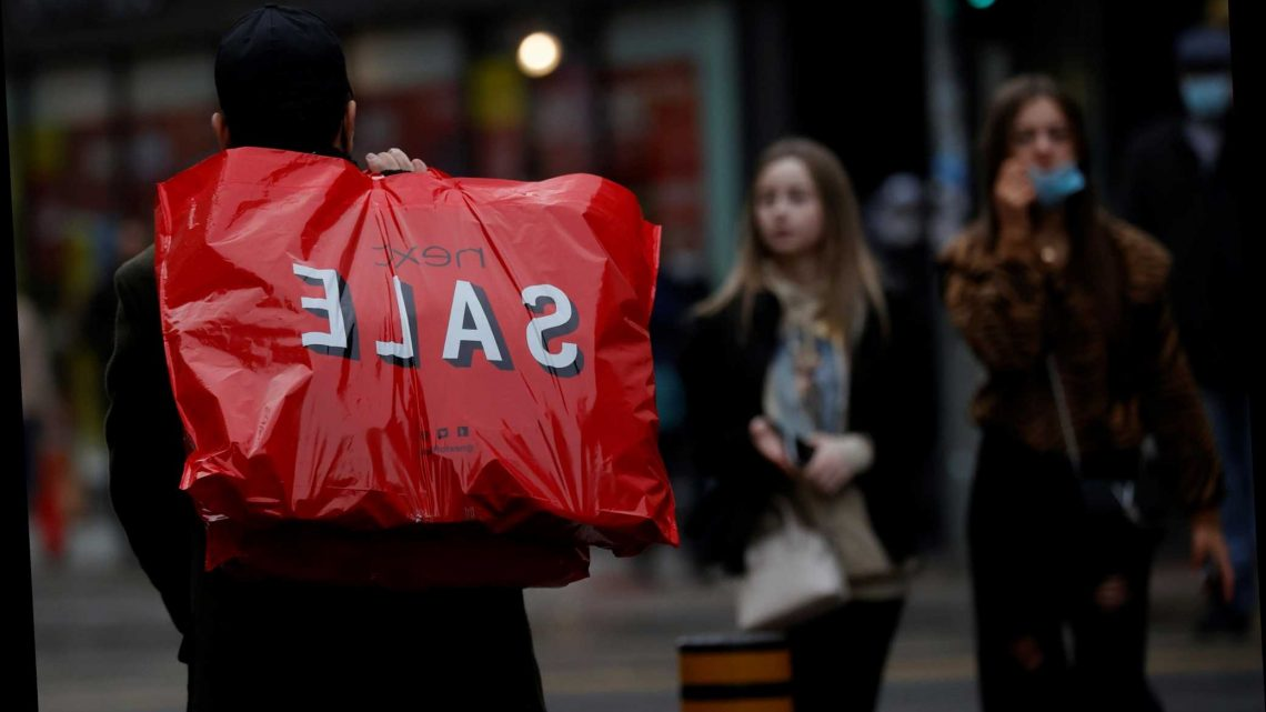 Quarter of adults will buy late Xmas presents in the Boxing Day sales