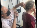 See How Kelly Clarkson's Hairstylist Gets Her Glam for The Voice