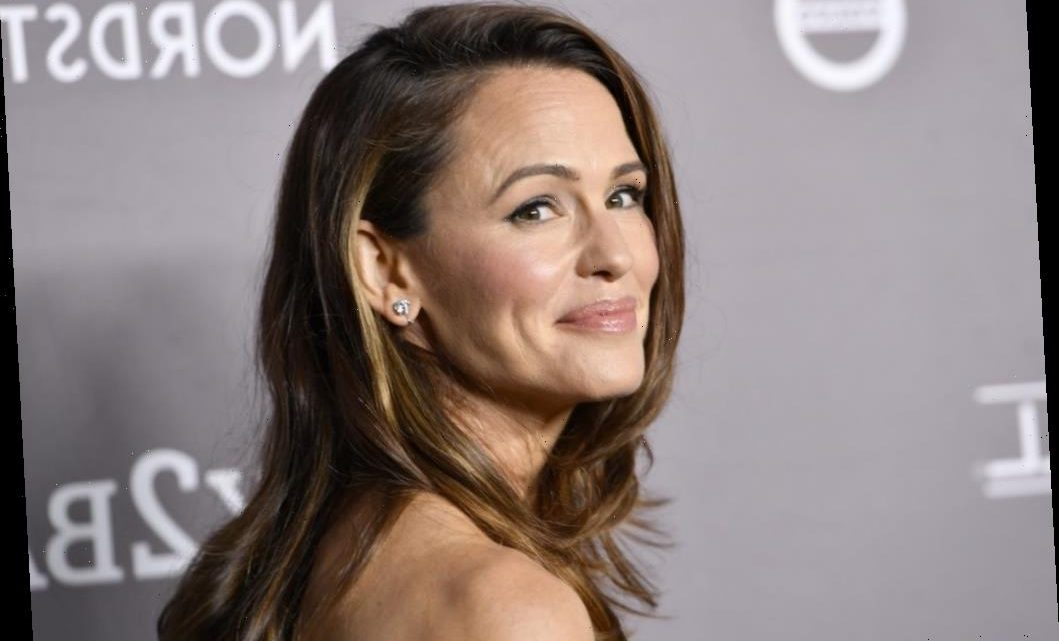 Jennifer Garner Uses This Famous Chocolate Sheet Cake Recipe for All of Her Family's Celebrations