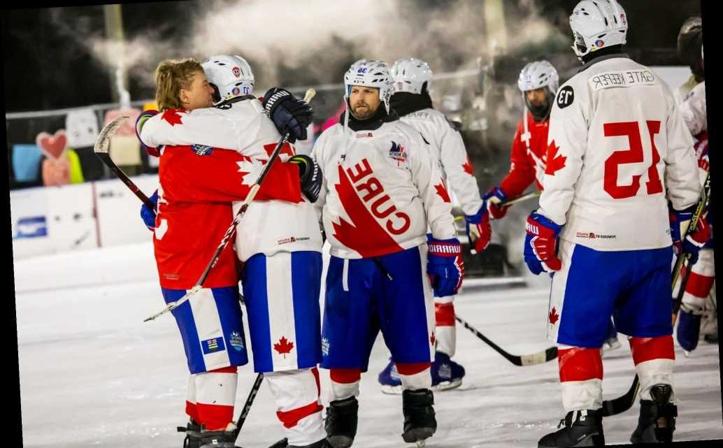 World's Longest Hockey Game Played for 252 Hours amid Below Freezing Temperatures