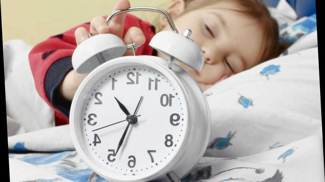 What time should children go to bed and how long should they sleep for depending on their age? – The Sun
