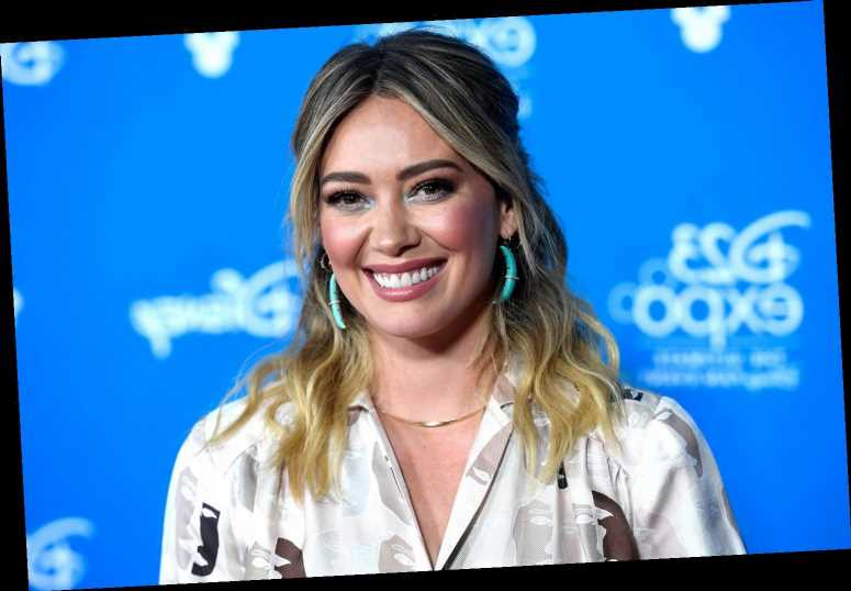Who are Hilary Duff's parents?