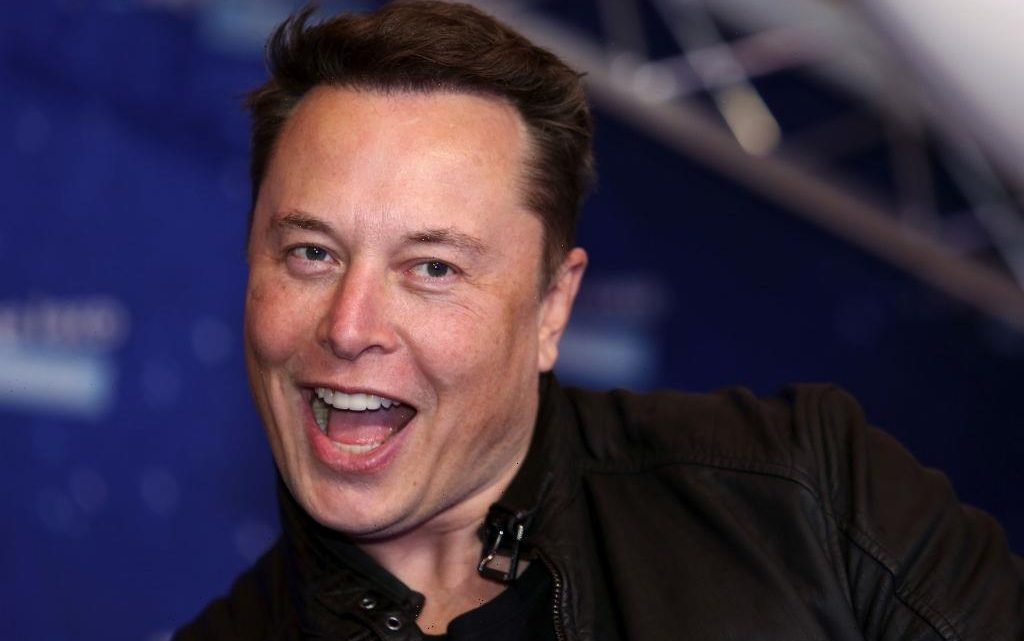 Elon Musk to Host Next 'SNL' Episode With Musical Guest Miley Cyrus