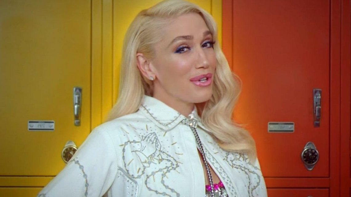 Gwen Stefani Plays Cupid in New Music Video for 'Slow Clap'
