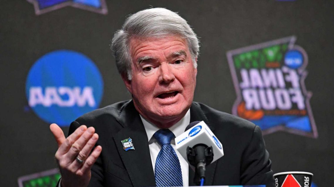NCAA Board of Governors votes unanimously to extend President Mark Emmert's contract through 2025
