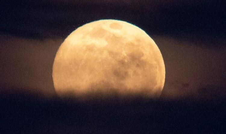 Pink Moon 2021: What time is the April Full Moon? How to see 'Pink Super Moon' tonight