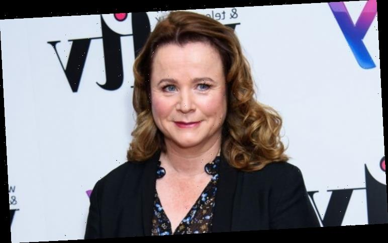 Emily Watson believes her upbringing in a cult helped her recognise Hollywood's downfalls