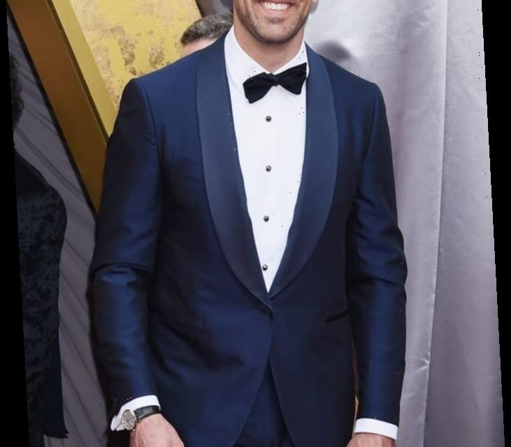 How Tall Is Aaron Rodgers?