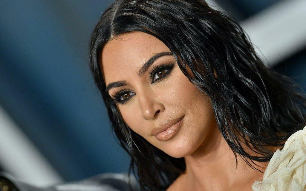 'KUWTK' Fans Can't Stop Staring At Kim Kardashian's 'Old Nose' in Throwback Photos