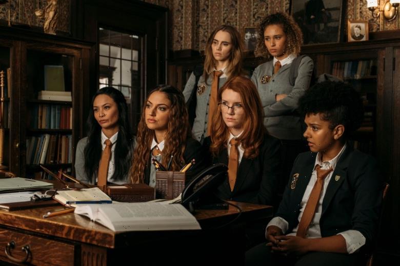 'Seance' Review: Simon Barrett's Boarding School Slasher Needs Slashing of Its Own