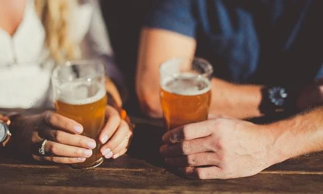 Alcohol in moderation 'may help the heart', study reveals
