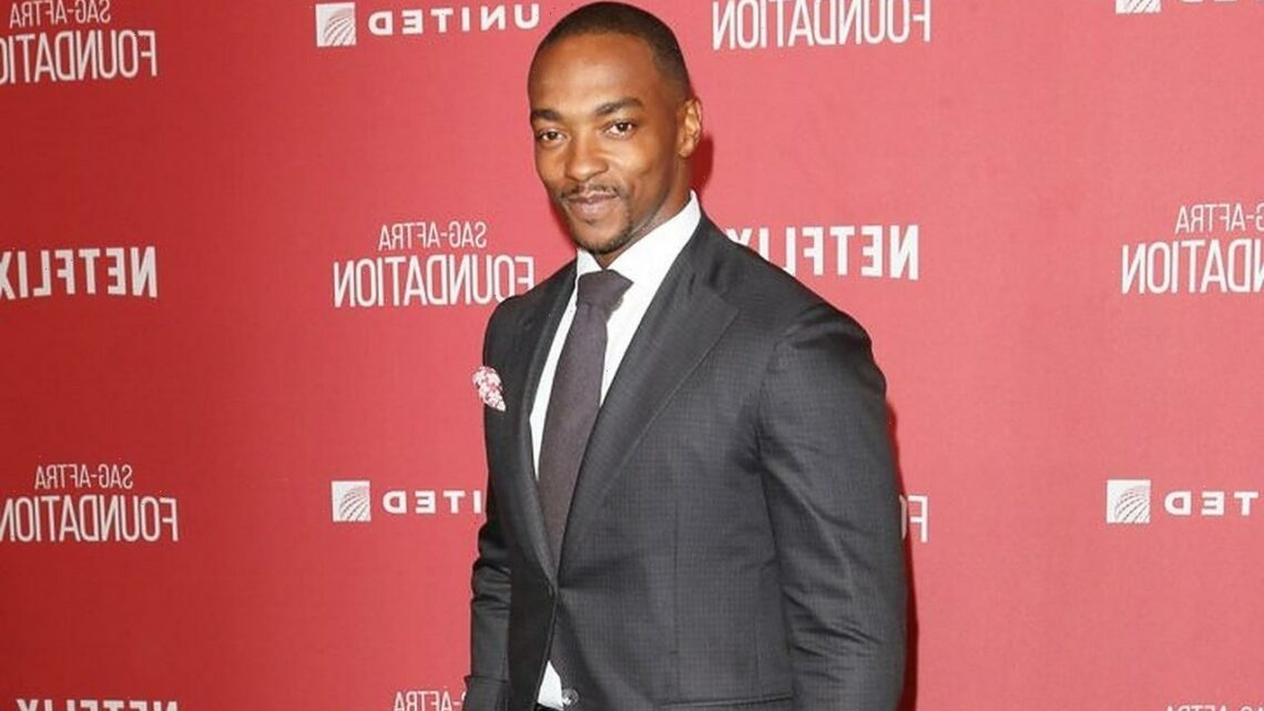 Anthony Mackie Gets Rid of His iPhone Because He's Scared of Technology