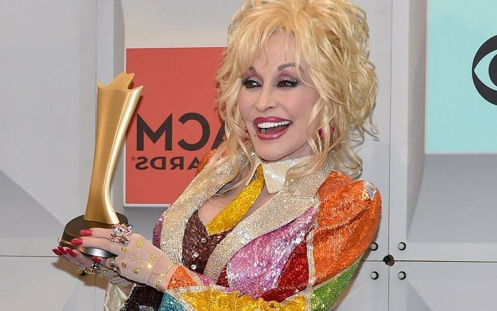 Dolly Parton on Her Plastic Surgery; 'I Look at Myself Like a Show Dog'