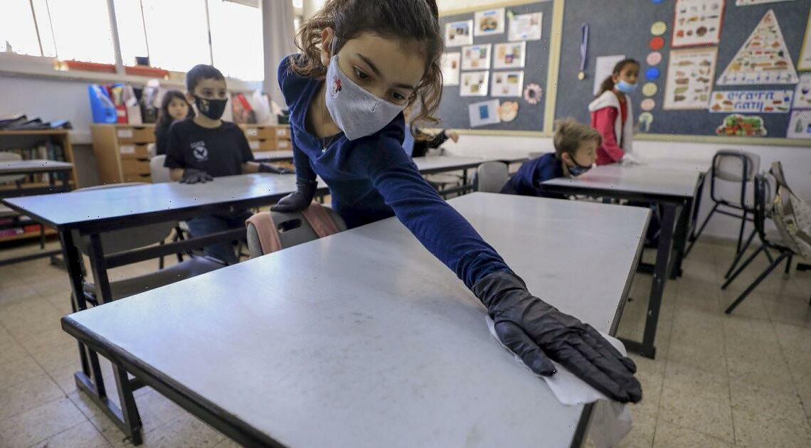 Improved ventilation and mask rules for staff in elementary schools resulted in fewer COVID-19 cases, CDC study finds