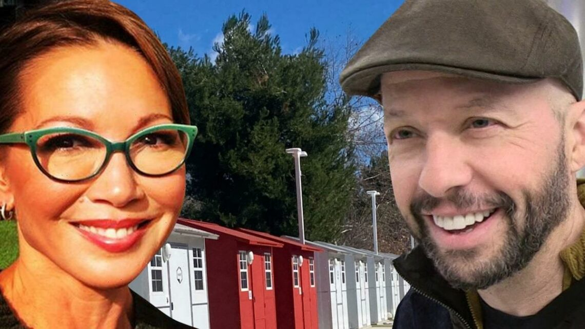Jon Cryer and Wife, Lisa Joyner, Help Org Building Tiny Homes for Homeless