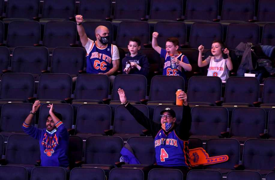 Knicks bringing gritty 'D,' rowdy fans as playoff journey begins