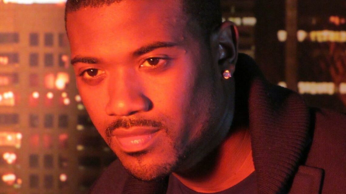 Ray J Wins $17,000 Playing Penny Slots In L.A.'s San Manuel Casino