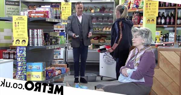 Spoilers: Dev pays after Evelyn is injured by Bernie in Corrie