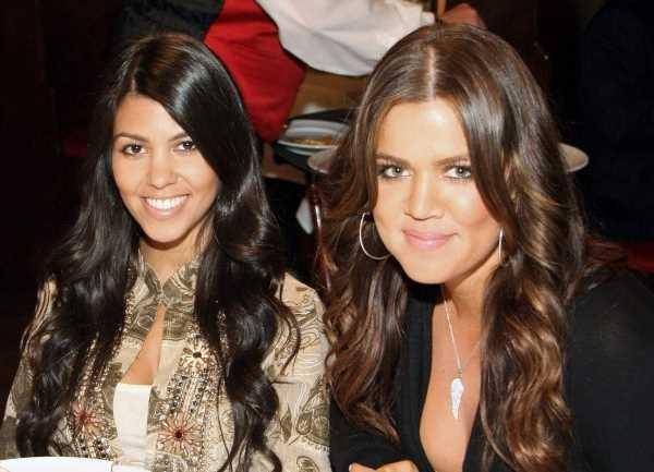 'KUWTK': Khloé Kardashian and Kourtney Kardashian Used to Walk to Work Before Becoming Famous: 'We Literally Had No Money'