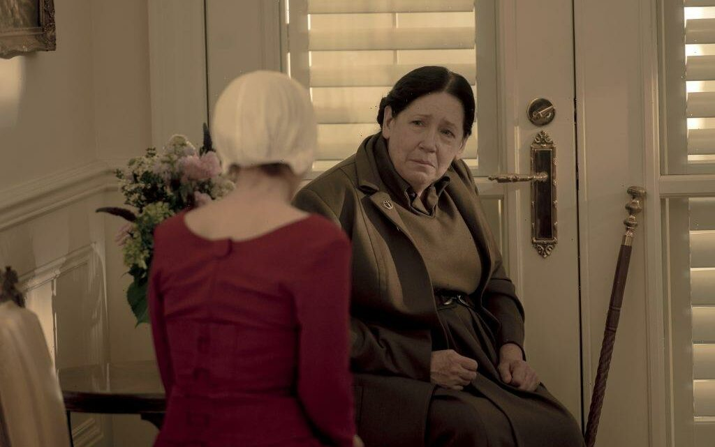 'The Handmaid's Tale': Ann Dowd Says Aunt Lydia Feels Like 'She Made a Mistake With Janine'