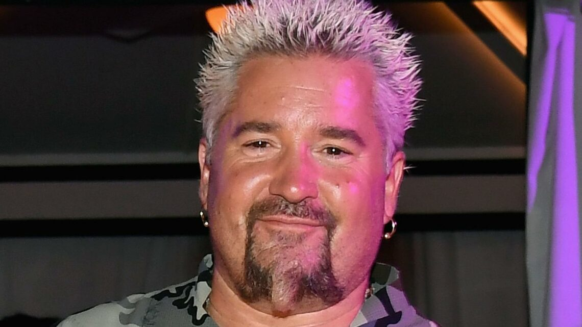 How Guy Fieri Really Acts If You Run Into Him At The Store