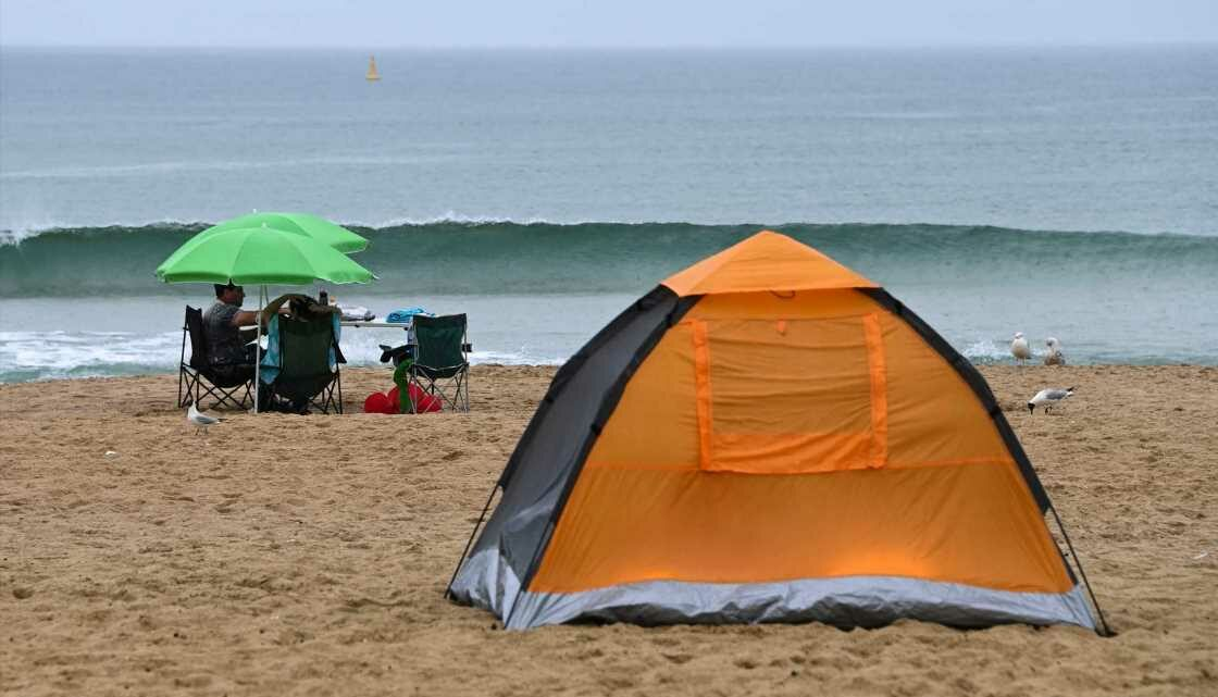 People caught camping on Bournemouth beach face being woken and handed £1,000 fine