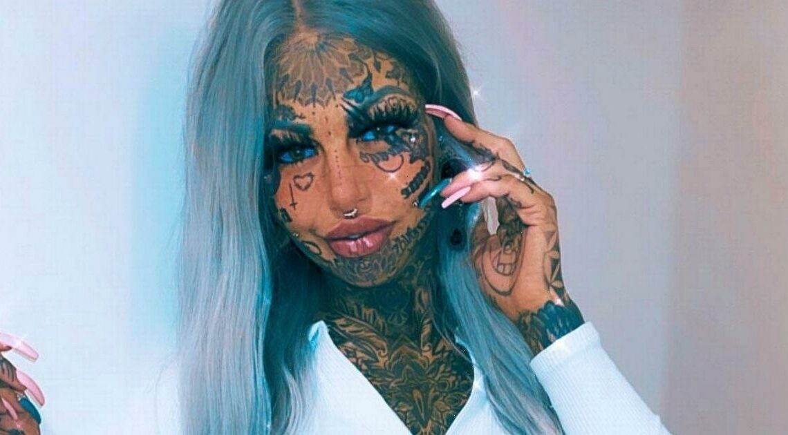Tattoo model turns 'vampire' after sharpening teeth into permanent fangs