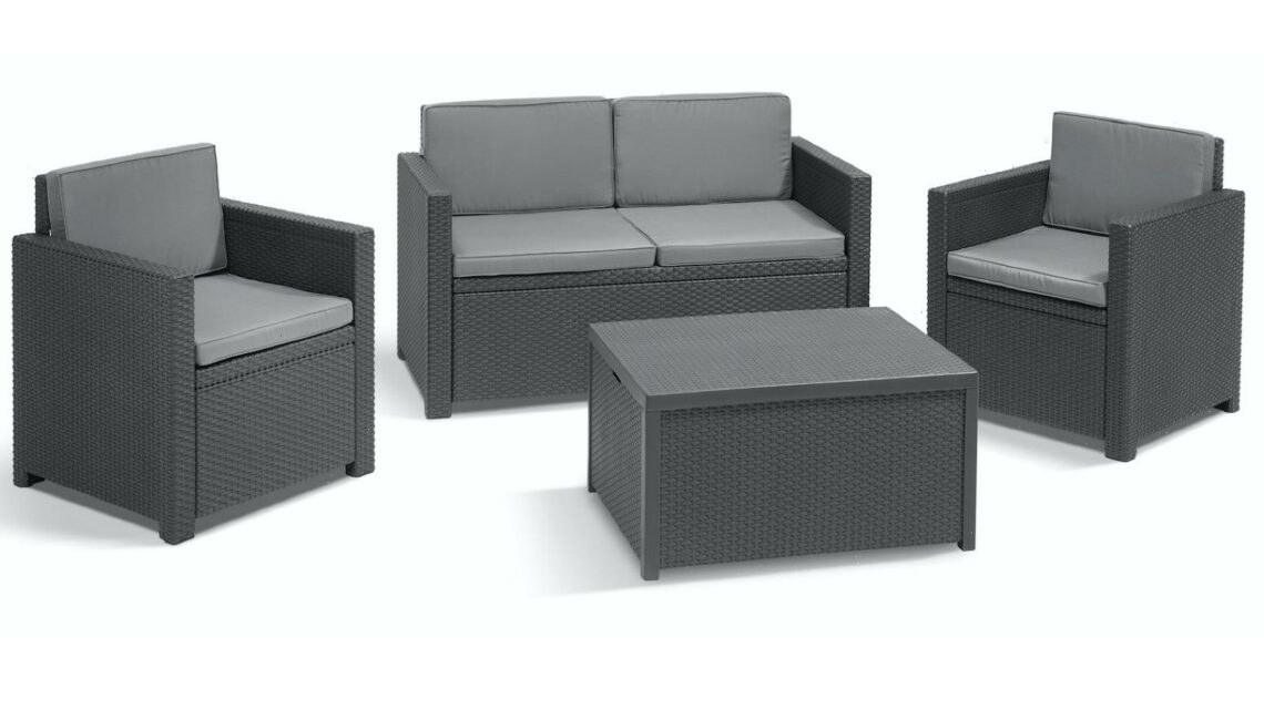 B&Q is selling a stunning four piece rattan garden sofa set for £260 – and it's half the price of Wayfair