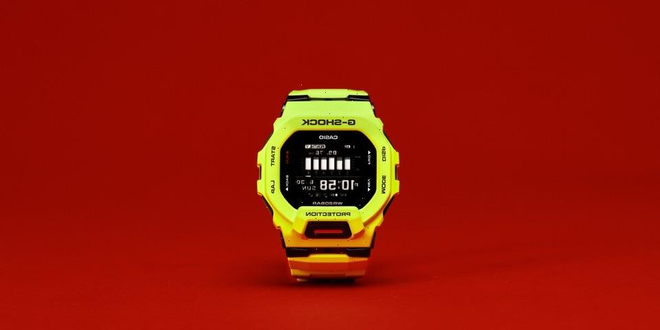 G-SHOCK Unveils First-Ever G-SQUAD Models with Square Case