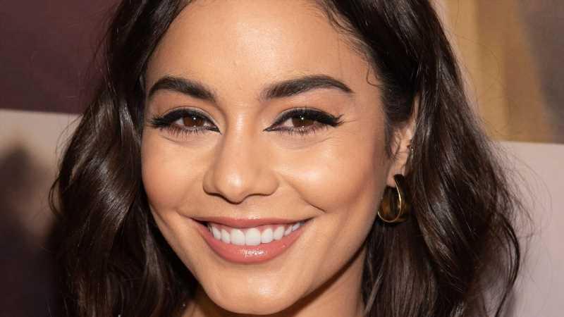How To Replicate Vanessa Hudgens Nighttime Skincare Routine