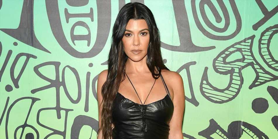 Kourtney Kardashian Just Shared An Unedited Booty Photo Wearing A Thong Bikini On Instagram