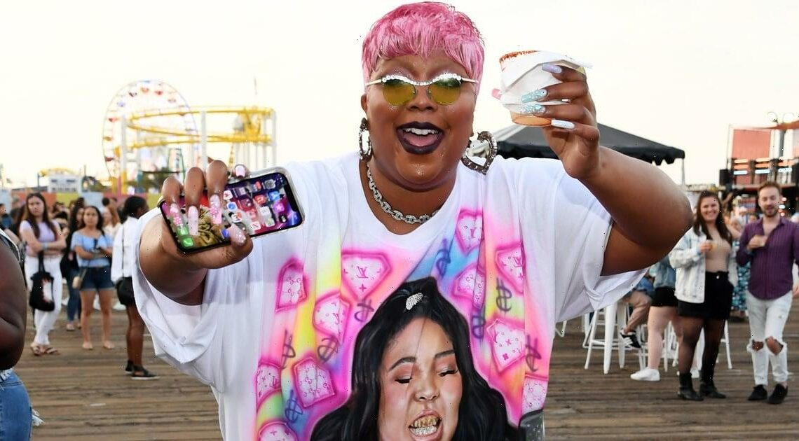Lizzo Wore a T-Shirt Dress With Her Face on It, as She Should