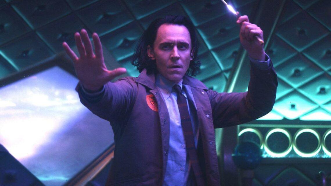 Loki's Signature Dagger Move Was Improvised in 'Thor: Ragnarok,' Tom Hiddleston Says