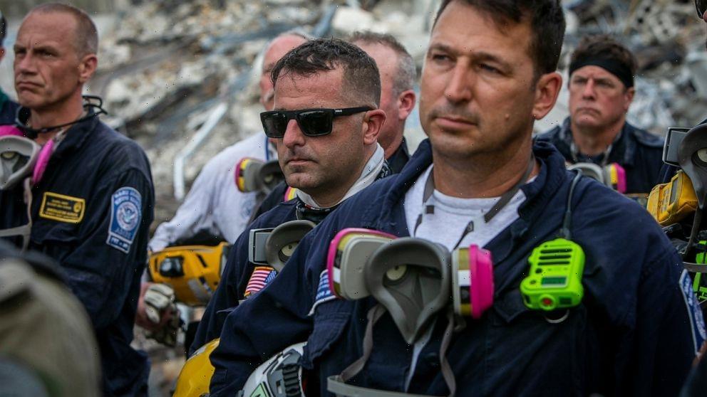 Tears, prayer mark end to search for Florida condo survivors