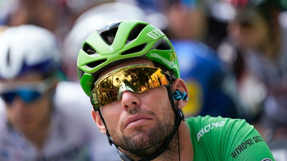 Tour de France: Mark Cavendish left to wait for historic stage win as Matej Mohoric solos to stage 19 victory