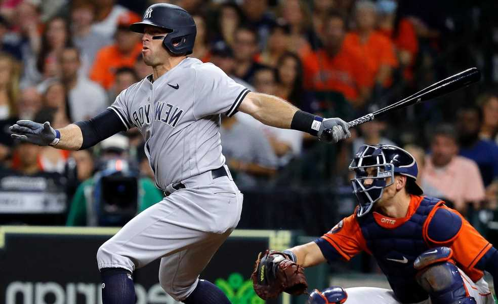 Yankees blank rival Astros for crucial victory