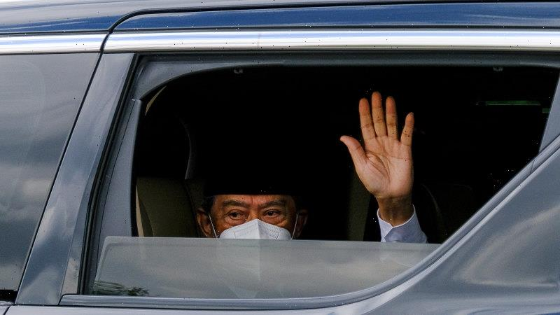 'Greedy people': Shortest-serving Malaysia PM gives in to pressure to resign