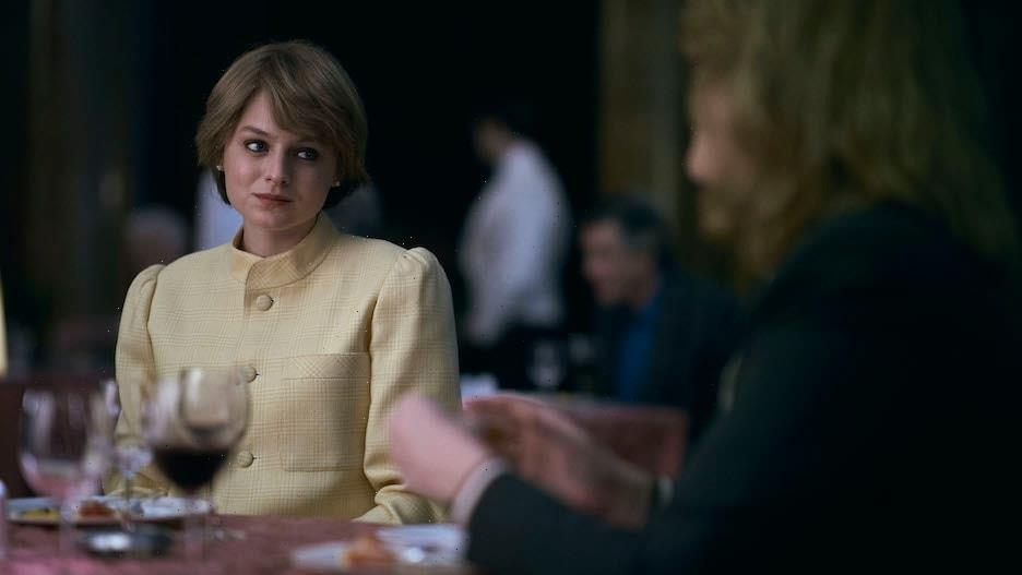 'The Crown': Emma Corrin on the Ingenious Way They Built Tension for That Diana-Camilla Lunch Scene