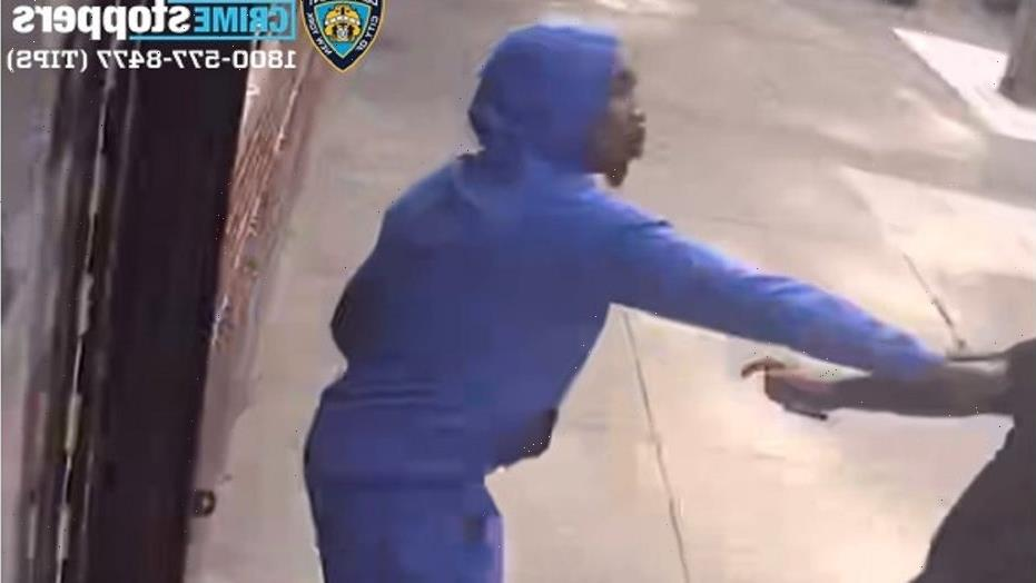 Caught-on-camera New York City attacker stabs man in face, abdomen before fleeing