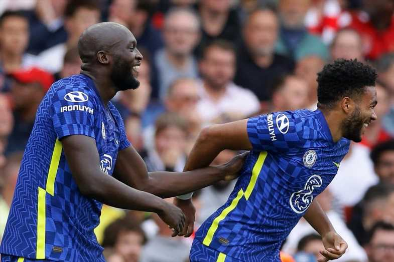 Chelsea star Reece James hails 'bully' Romelu Lukaku and how 'vocal' striker has added new dimension to Blues